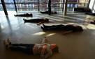 Préparation salle de danse, Patrick Gripe, 2010