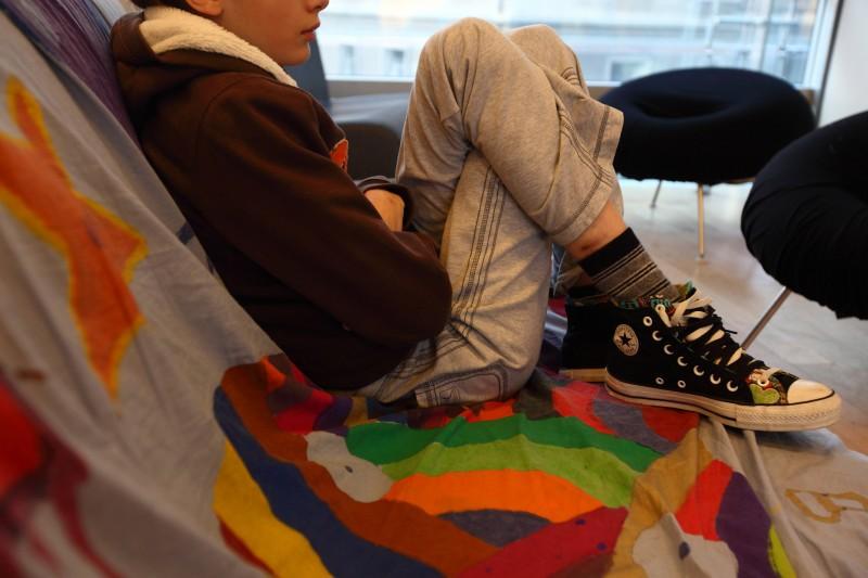 Acn : causes et solutions pour les ados - Femme Actuelle